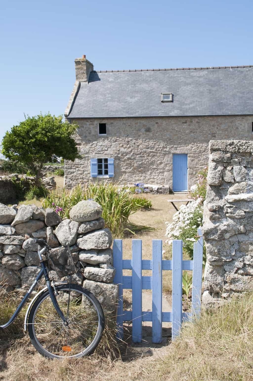 Bretagne Ouessant blaue Häuser