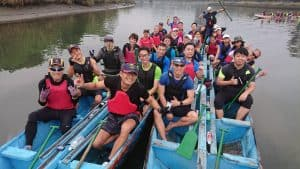Alice Grünfelder schreibt in Taiwan und erholt sich davon beim Drachenbootfahren